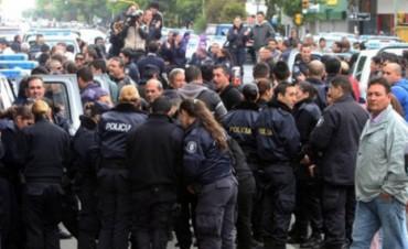 A juicio los policias que se autoacuartelaron en Entre Ríos