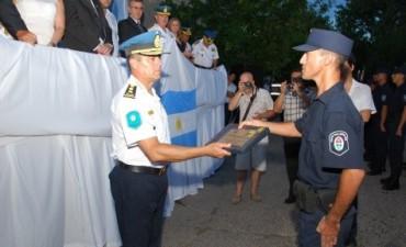 79 agentes de Policía Egresaron y recibieron el título de Bachiller