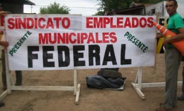 Los trabajadores municipales de Federal cobrarán $ 550.- y acordaron un aumento