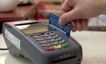 El Gobierno eliminó la devolución de 5% de IVA para compras de débito