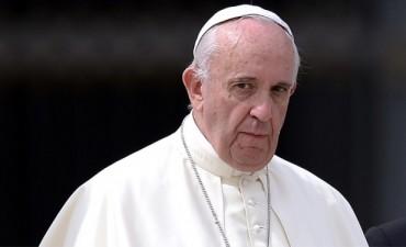 El papa Francisco con arduo 2017: Viajes, reformas y la resistencia interna