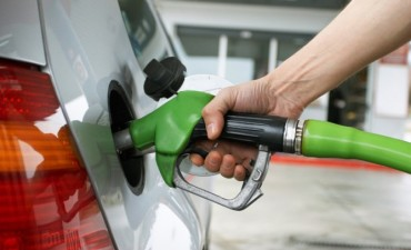 Se postergó hasta este martes o miércoles el aumento a las naftas