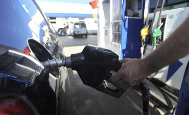 Se viene la primera suba de las naftas de 2017