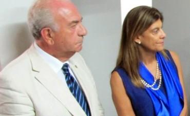 Curiosas trapisondas de senadores de Cambiemos junto al Mundo K