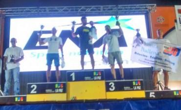 Excelente participación de Javier Schvmer en el Triathlon International de La Paz.