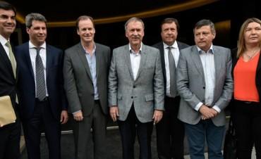 Gobernadores del PJ se reunirán por la coparticipación y la pauta paritaria