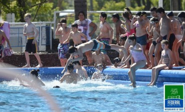 Viernes 26 : Fiesta del agua en el Natatorio Municipal