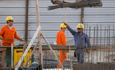 Por cláusula gatillo, dos millones de trabajadores recibirán subas salariales