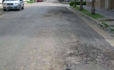 Dos calles que necesitan reparación: Almirante Brown y H. Cuneo