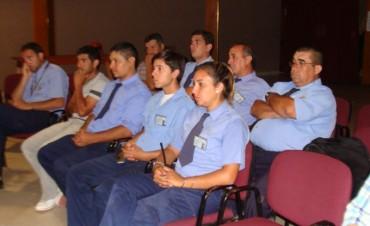 Inspectores municipales se capacitan en toxicología