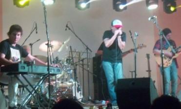 Luis Robinson brindó un show único en Federal