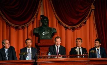 """El Presidente de la Cámara de Diputados Sergio Urribarri, al referirse al discurso del Gobernador Bordet afirmó:  """"Bordet se está ganando el respeto y el corazón de los entrerrianos"""""""