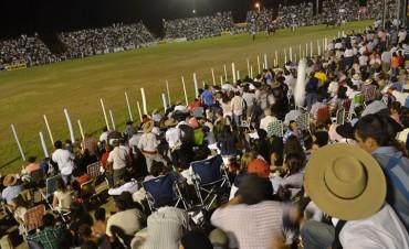 Este fin de semana cierra el Festival de Jineteada y Folclore de Diamante