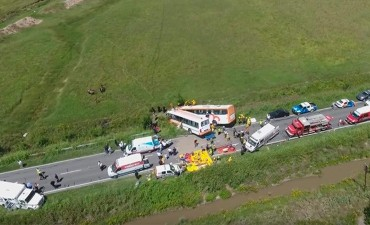 Hay trece fallecidos en Santa Fe: Imágenes del lugar tomadas desde un drone