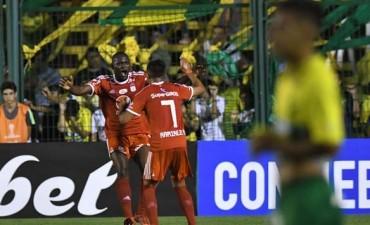 Defensa y Justicia complicó sus chances en la Sudamericana al caer con América