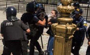 Severo informe de Amnistía Internacional sobre los derechos humanos en la gestión Macri