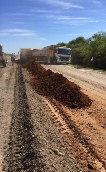 En marcha la reposición de ripio en Ruta N 20  .