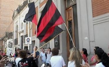 La Justicia Laboral ordenó suspender los descuentos a los docentes mientras dure la conciliación