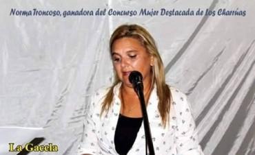 """Norma Troncoso se adjudicó el premio como """"Mujer Destacada de Los Charrúas"""""""