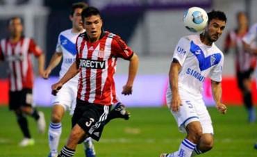 Vélez y Estudiantes abrirán el Torneo de Primera si se levanta el paro
