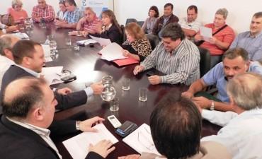 Los gremios estatales rechazaron una irrisoria propuesta del Gobierno