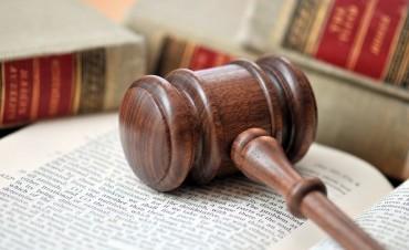 Quieren incorporar al Código penal el juicio en ausencia para delitos de lesa humanidad