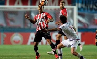 Estudiantes empató 0-0 con Nacional en su estreno de Copa Libertadores