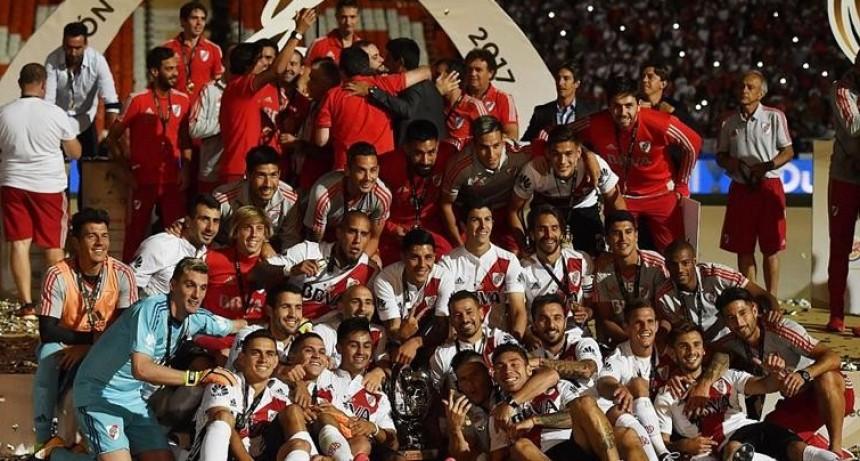 River y un título que lo saca de la oscuridad: derrotó a Boca en Mendoza y se quedó con la Supercopa