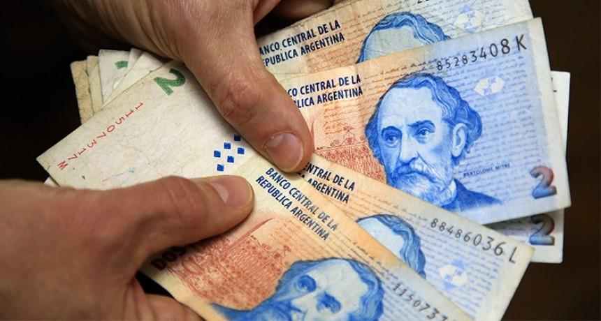 Atención: en un mes dejan de tener validez los billetes de dos pesos