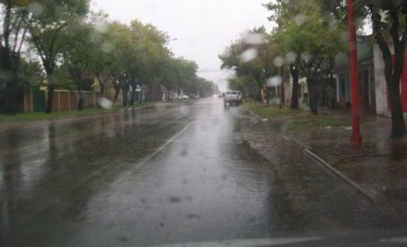 Las lluvias se hicieron sentir en el Departamento Federal