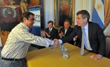 La Paritaria Docente y el acuerdo de firma para construcción de Viviendas