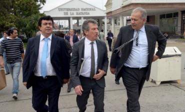 Urribarri consiguió el apoyo del mayor distrito bonaerense