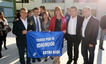 Sergio Urribarri inauguró un nuevo edificio escolar al que concurren más de 1.000 alumnos