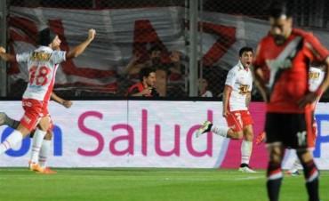 River perdió ante Huracán, que se quedó con la Supercopa Argentina