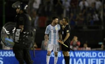 Messi y el fútbol a boca tapada