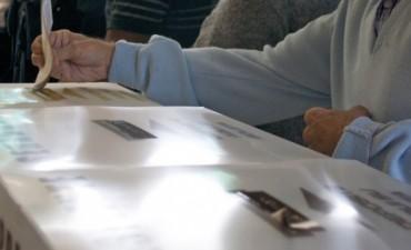 Tras un fallo judicial, piden que no se compute el voto en blanco para la distribución de bancas