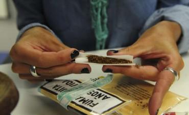 Quienes arman el cigarrillo fuman menos pero inhalan más nicotina