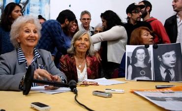 Abuelas de Plaza de Mayo celebró la restitución del nieto 122