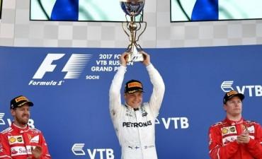 Bottas ganó su primer premio de Fórmula 1