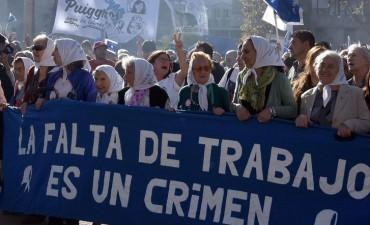 Madres conmemoró sus 40 años de lucha en Plaza de Mayo