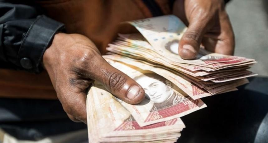 Los billetes con más ceros en la historia que no valían nada