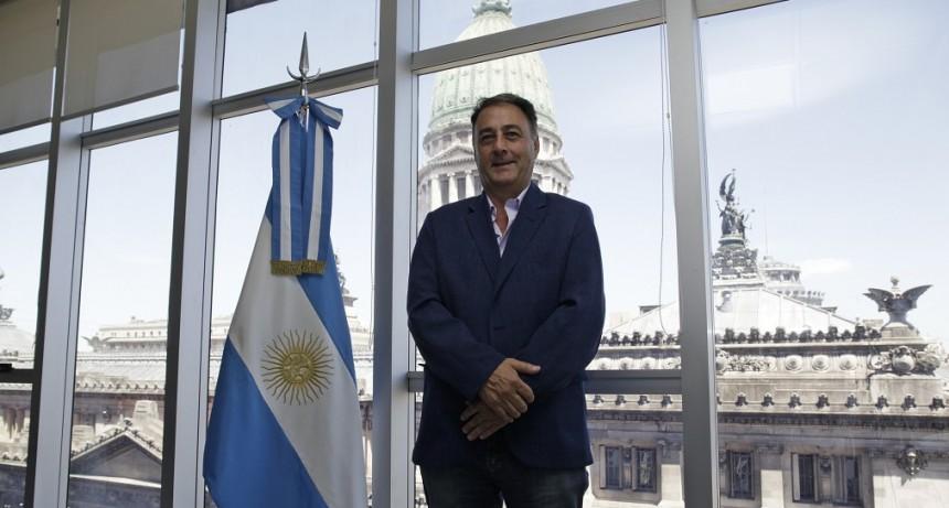 Jorge Lacoste presento un Proyecto de  Ley CONSULTA OPINIÓN ABORTO