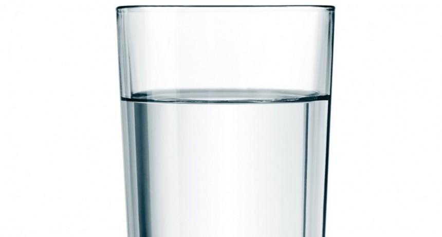 La Anmat prohibió el uso y la comercialización de un filtro de agua para el hogar, entre otros productos
