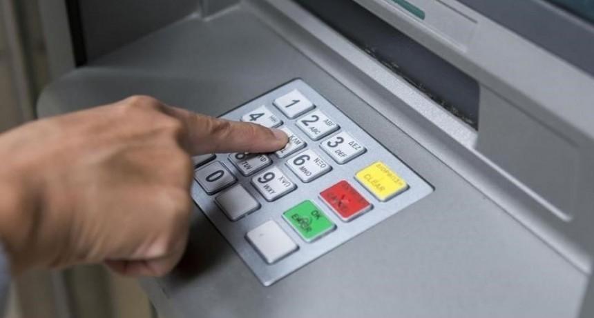 Llega una nueva red de cajeros automáticos que competirá con Banelco y Link