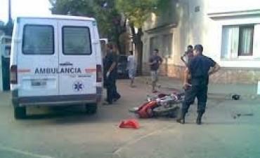 Un motociclista sufrió una fractura en un accidente de tránsito