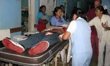 Herido de arma blanca en Barrio Defensores y grave accidente en Bernardi. Escucha el Informe