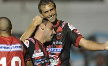 Patronato ganó en San Juan con dos goles de César Carignano