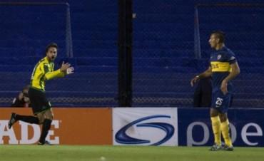 Un Boca sin alma fue goleado 3 a 0 por Aldosivi en una Bombonera vacía