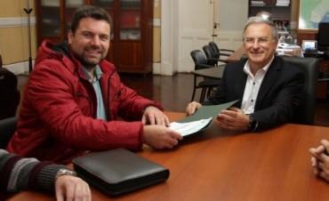 La provincia financia mejoras en los accesos a la escuela Nº 5 de Colonia Federal