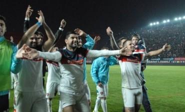 A San Lorenzo le alcanzó con el empate y juega la final con Lanús